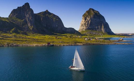 Sailing and Beach Cleanup on the Helgeland Coast