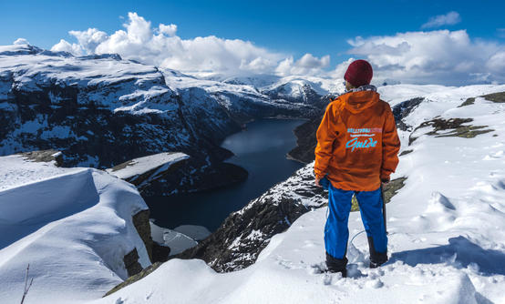 Trolltunga & Preikestolen Winter Adventure