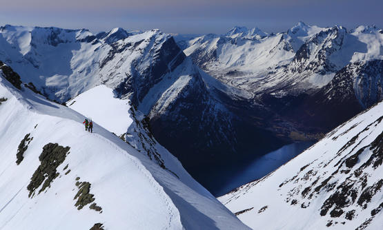 Ski Touring - around Hjørundfjorden
