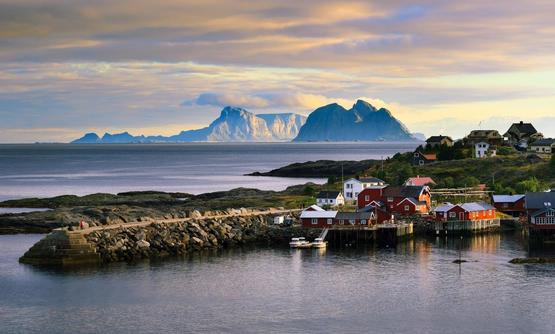 Hidden Lofoten: Hiking to the secrets of the Lofoten Islands